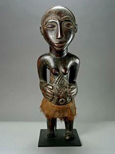 Petite femme africaine