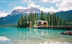 Emerald Lake... Canada. I fell in love when I saw this picture...