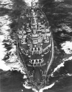 South Dakota-class battleship USS Alabama - served in World War II. in both Atlantic and Pacific theaters. Uss Oklahoma, Uss Alabama, Alabama College, Alabama Football, Alabama Crimson, Crimson Tide, American Football, College Football, Us Battleships