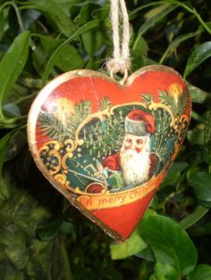The Garden Room - Stunning Vintage Santa heart hanging Christmas decoration., �9.99 (http://www.the-gardenroom.co.uk/stunning-vintage-santa-heart-hanging-christmas-decoration/)