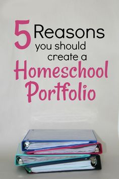 5 Reasons You Should Create a Homeschool Portfolio is part of Homeschool portfolio - While some homeschoolers are legally required to make a portfolio, I'm not But, I still make portfolios in May No matter what And here's why School Plan, School Schedule, School Tips, School Ideas, Homeschool Supplies, Homeschool Curriculum, Kindergarten Curriculum, Homeschool High School, Free School Supplies