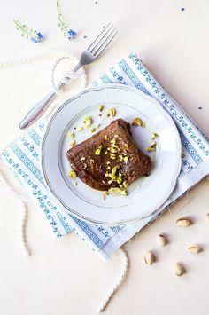 Crêpes al cacao e pistacchio Fine Dining, Pancakes, Food Photography, Pancake, Crepes