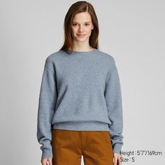Discover Women's jumpers and cardigans for any occasion at UNIQLO: Soft cashmere, extra fine Merino, lambswool and other knitwear to keep you warm during colder months. Uniqlo, Jumpers For Women, Cardigans For Women, Women's Jumpers, Pullover Design, Oversized Pullover, Cashmere Turtleneck, Knitted Coat, V Neck Cardigan