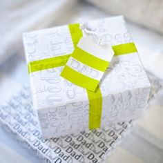 Free printable gift wrap for Dad's. Perfect for Father's Day, his birthday or even Christmas.