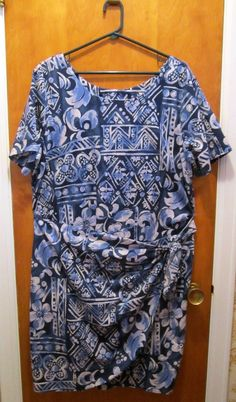 HILO HATTIE Dress SIZE XL - Mock Wrap - Sarong - Knee Length - Made in Hawaii #HiloHattie #WrapDress #Casual