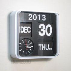 Quartz (Battery Powered) Plastic Retro Style Wall Clocks for sale Retro Flip Clock, Wall Clock Black And White, Black White, Calendar Date, Flip Calendar, Retro 9, Kitchen Wall Clocks, Desk Clock, Alarm Clock