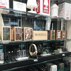 Ciao Milano starting to think about Christmas presents? Stop by @brianebarrymilano to see the great selection in store #woodd #brianebarrybuilding #milano #giftguide