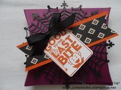 Stampin'Up! Sppoky cute Halloween treat using Square Pillow Box Thinlits Die, Spider Web Doilies and Happy Haunting Designer Series Paper. www.julieskotzke.stampinup.net