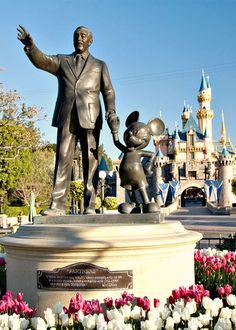 Disneyland (my personal favorite over Disneywold).