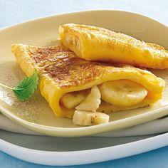 Omeleta s banánmi Tortillas, Macaroni And Cheese, French Toast, Breakfast, Ethnic Recipes, Potato Latkes, Omelet, Low Sugar Cakes, Pumpkin Pancakes