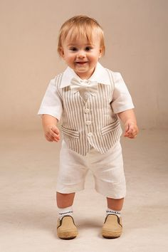 Baby boy ring bearer outfit boy baptism linen suit first birthday natural clothes rustic wedding beach family photos formal SET of 4 summer Baby Boy Baptism Outfit, Baby Boy Dress, Baby Boy Outfits, Baptism Clothes, Baby Boy Fashion, Kids Fashion, Boys Party Wear, Boys Linen Suit, Baby Dress Clothes