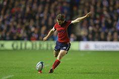 Greig Laidlaw kicks a penalty
