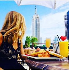 Who is ready for outdoor brunch ? Any ideas for brunch ? . . . #230fifthrooftop #230fifth #brunchnyc #outdoorbars #rooftopbars #rooftops #rooftopseason…