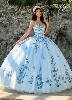 Get the beautiful Floral Embroidered Quinceañera Dress and other amazing Mary's Bridal quinceanera dresses on Mi Padrino. Light Blue Quinceanera Dresses, Mexican Quinceanera Dresses, Robes Quinceanera, Quincenera Dresses Blue, Cinderella Quinceanera Dress, Cinderella Blue Dress, Quinceanera Cakes, Quinceanera Centerpieces, Sweet 15 Dresses