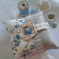 Pretty perfect pin pillow made by 'Sew a little love'