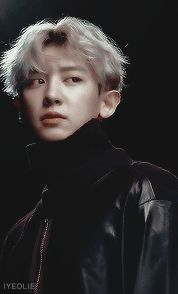Don't be afraid he love is he way🍁Exo — iyeolie: chanyeol + his middle part hairstyle Baekhyun, Park Chanyeol Exo, Exo Birthdays, Kai, Middle Part Hairstyles, Bts And Exo, Yixing, Chanbaek, What Is Life About