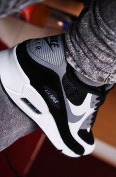 Nike Airmax Black & White