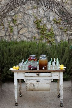 Tamryn Kirby: Delicious Details - Drinks Tables