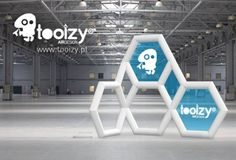 TOOIZY, Creative And Innovative Inflatable Stands