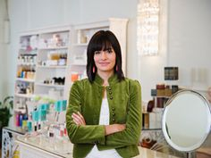 8 secrets you should know before shopping the cosmetic counter #beauty #cosmetics #tips