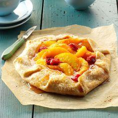 Raspberry Peach Tart Light Summer Desserts, Summer Dessert Recipes, Summer Deserts, Raspberry Tarts, Raspberry Recipes, Raspberry Sauce, Fruit Recipes, Diabetic Recipes, Pie Recipes