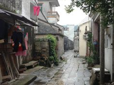 Qi'ao island - walking through the village