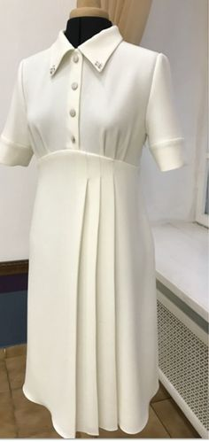 Swans Style is the top online fashion store for women. Shop sexy club dresses, jeans, shoes, bodysuits, skirts and more. Hijab Fashion, Girl Fashion, Fashion Dresses, Womens Fashion, 1940s Fashion, Timeless Fashion, Vintage Fashion, Day Dresses, Evening Dresses