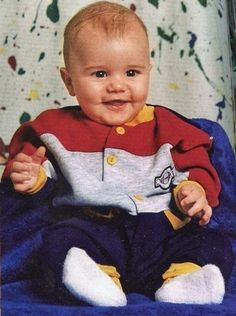 Justin Bieber baby photo  http://celebrity-childhood-photos.tumblr.com/