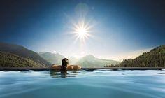 Hochgefühl garantiert auf 1200m Höhe im Wellnesshotel Panoramahotel Oberjoch****S, Allgäu. Moderner alpiner Stil, 3000m² Alpin-Spa-Bereich.