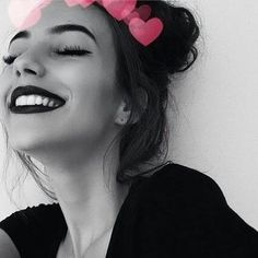 Image about girl in black and white by Andreza Picture Poses, Photo Poses, Girls Heart, Tumbrl Girls, Ft Tumblr, Selfie Poses, Selfies, Girl Photography, Photography Sketchbook