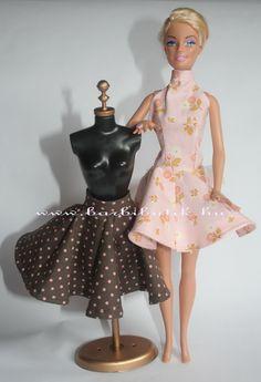 b51a4108bf Barackszínű rózsás nyakpántos harangszoknyás ruha. /Barbie clothes with  roses. Barbie Clothes