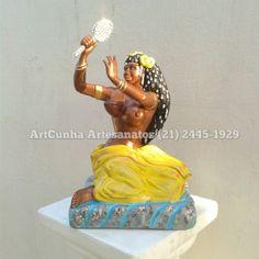 Oxum 44 cm. #Oxum #Oloxum #Orixa #Umbanda #umbandista #umbandistas #artesanato #agua #amor #beleza #riqueza #espelho #riodejaneiro #rio #brasil