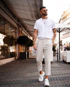 Black Men Street Fashion, Trendy Mens Fashion, Stylish Mens Outfits, Men Fashion, Runway Fashion, Gay Outfit, Summer Outfits Men, Men Summer, Look Man