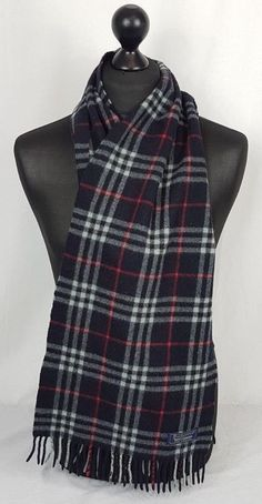 06039e4b952e5 Burberry's of London unisex lambswool made in England scarf in preowned  very good condition.