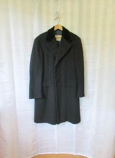 Vintage Wool Mens Coat 1950s 1960s Deep Navy Blue Robert Hall Topcoat 3 Button Notch Collar 42 44 Chest Mens Winter Topper S M Small Medium zbNKKlSM