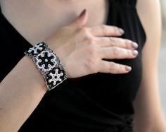 Tatted lace bracelet Chess Queen black&white bracelet by LacedMood