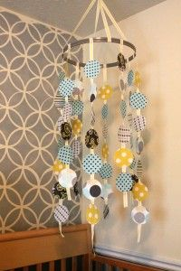 A variation on the DIY crib mobile Baby Crib Mobile, Baby Cribs, Nursery Nook, Nursery Bedding, Nursery Ideas, Diy Crib, Baby Makes, Nursery Inspiration, Baby Decor