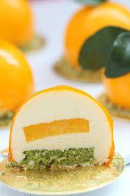 Elegant Desserts, Fancy Desserts, Sweet Desserts, Delicious Desserts, Matcha, Entremet Recipe, Hazelnut Meringue, Orange Mousse, Cooking