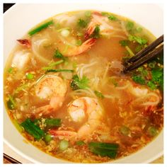 Pho is a Vietnamese dish consisting of broth, noodles made from rice, a few herbs, and meat.The two main varieties are chicken pho and beef pho. This recipe is for chicken pho with shrimp. by 🐙Squid Inc Shrimp Recipes, Soup Recipes, Chicken Recipes, Cooking Recipes, Chowder Recipes, Recipe Chicken, Fish Recipes, Vietnamese Soup, Vietnamese Cuisine