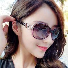 Shop Kacamata Hitam Polarisasi Wanita Retro Gaya KoreaKualitas memuaskan Kacamata  Hitam Polarisasi Wanita Retro Gaya Korea 09bde99f89