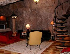6 Surprisingly Comfortable Cave Homes