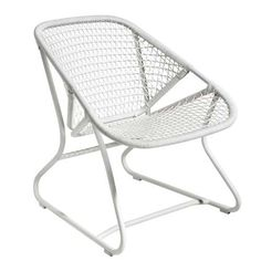 Sixties Low armchair White by Fermob - Design furniture and decoration with Made in Design Outdoor Lounge Furniture, Outdoor Rooms, Outdoor Chairs, Outdoor Decor, Mcm Furniture, Outdoor Armchair, Patio Chairs, Outdoor Ideas, Garden Furniture