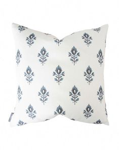 Staying true to woodblock's printed aesthetic, the Addison Block Print pillow features a stylized lotus flower in navy, showing the right mix of both modern and traditional elements. Down insert not included. Elegant Home Decor, Elegant Homes, Rustic Bedroom Design, Bedroom Vintage, Vintage Decor, 1950s Decor, Vintage Style, Studio Mcgee, Canvas Designs