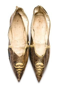 Kid shoes, 1795-1805. Charleston Museum