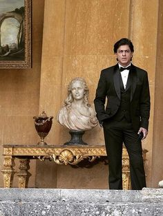 SRK shooting for Fan