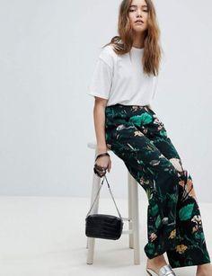 88f0a8456743 20 pantalons larges pour être la plus stylée. Pantalon large   imprimé ...