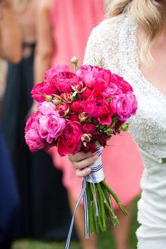 ramo de novia en colores fucsia