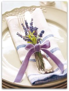 Placing dried flowers right onto the place setting can give it that extra special touch.