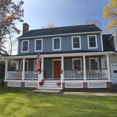 Photo: Scott W.   thisoldhouse.com   from Best Curb Appeal Before and Afters 2010 This porch makes a huge difference! Porch Banister, Front Porch Railings, Front Stoop, Front Porch Addition, Front Porch Design, Porch Designs, Colonial House Exteriors, Colonial Style Homes, Dutch Colonial