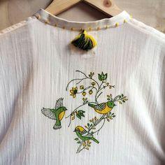 Embroidery On Kurtis, Kurti Embroidery Design, Hand Embroidery Dress, Simple Embroidery, Embroidery Suits, Embroidery Fashion, Hand Embroidery Designs, Kurta Designs, Blouse Designs